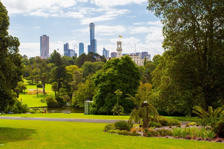 Bucketlist Things to do in Melbourne - Visit Royal Botanical Gardens