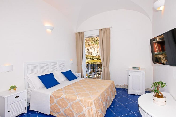 Hotel Alfonso A Mare - Best Hotels in Praiano - Room