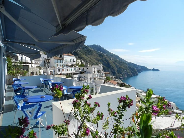 Hotel Holiday - Best Hotels in Praiano - View