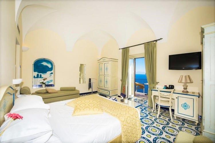 Hotel Margherita - Top Hotels in Praiano - Room