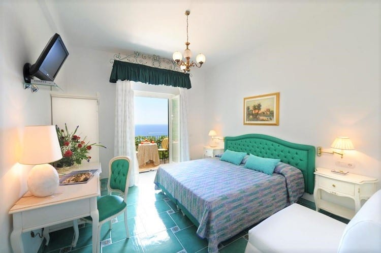Hotel Pellegrino - Best Hotels in Praiano - Room