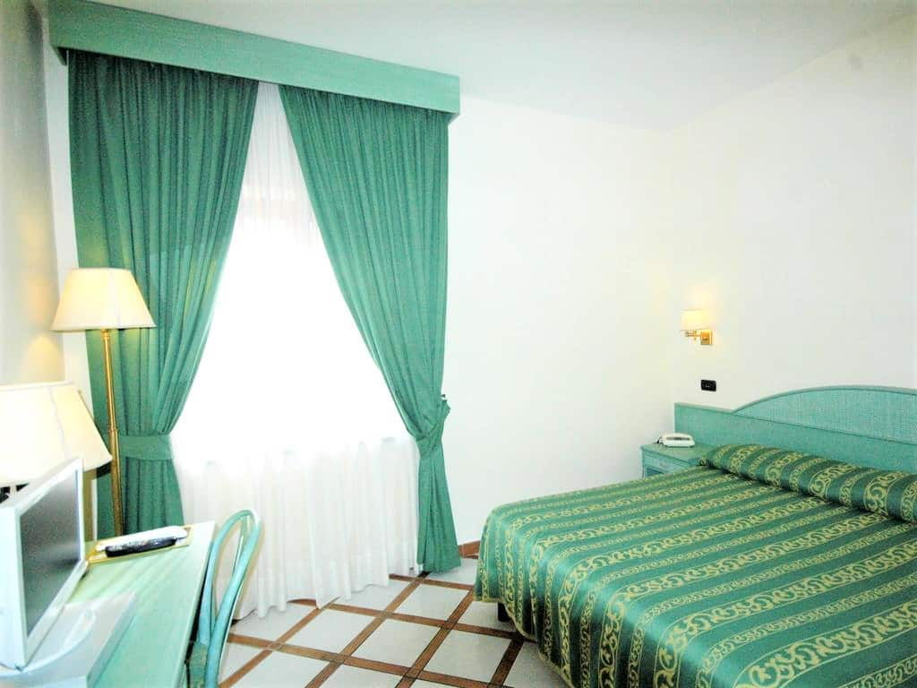 Residence Villaggio Verde - Best hotels in Sorrento Italy - Room