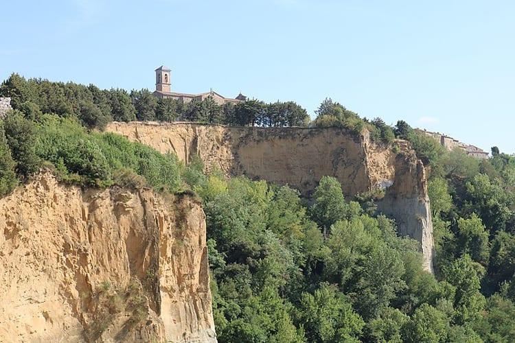 Le_Balze_di_Volterra
