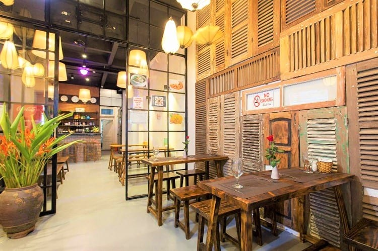 Luxury Backpackers - Where to stay in Hanoi - Dining