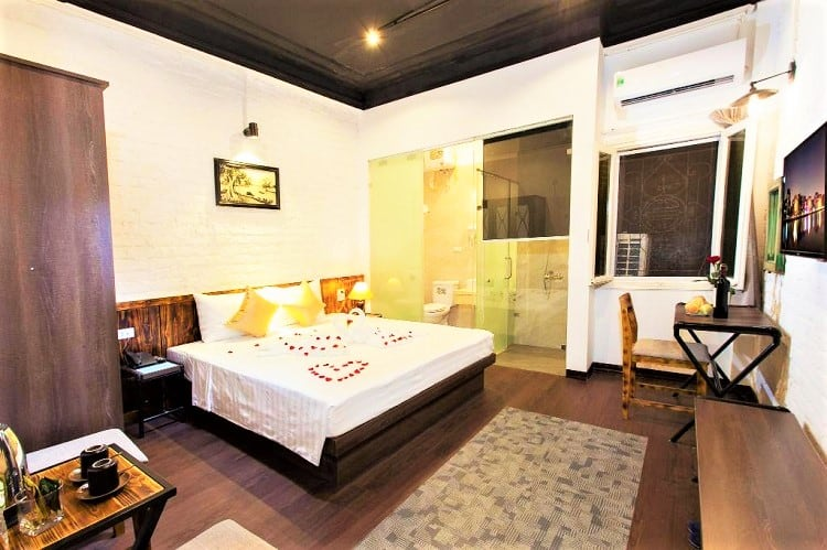 Luxury Backpackers - Where to stay in Hanoi - Room