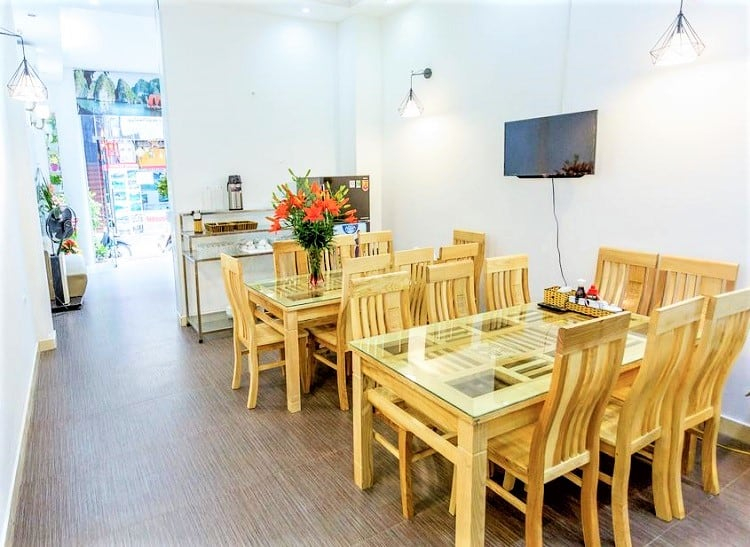The Queen Hotel and Spa 2 - Best Budget Hotels in Hanoi - Dining