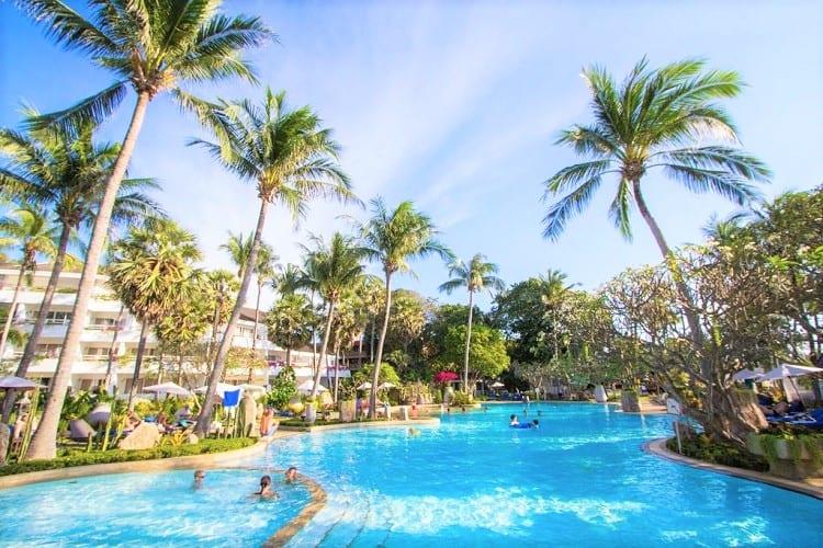 Best Beach Resort in Phuket - Thavorn Palm Beach Resort Phuket - Pool