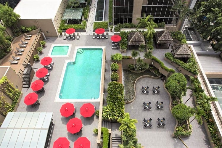 Best Family Accommodation Singapore - Carlton Hotel - Pool