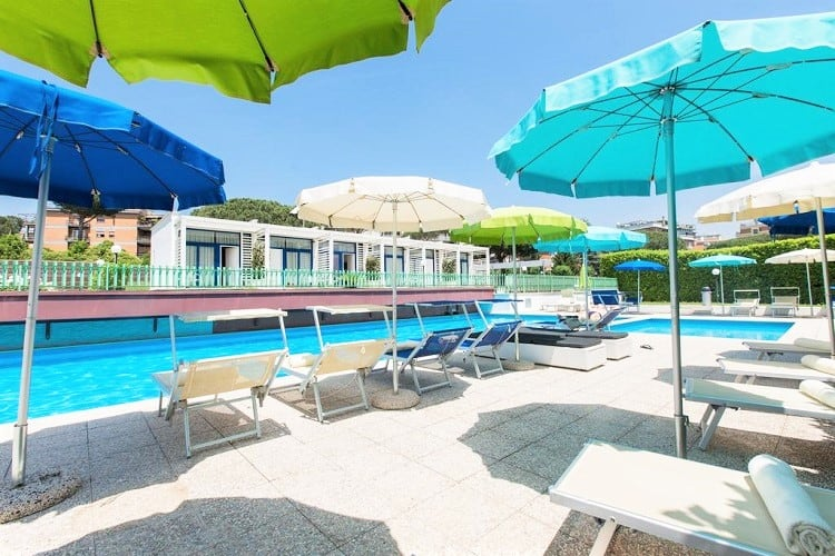 Best Family Hotel in Rome - Hotel Poggioverde Roma - Pool