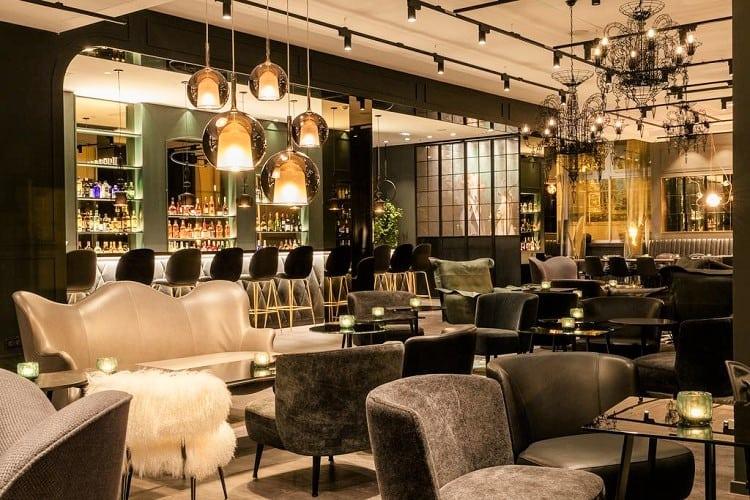 Best Family Hotels in Paris - Motel One Paris-Porte Dorée - Lounge
