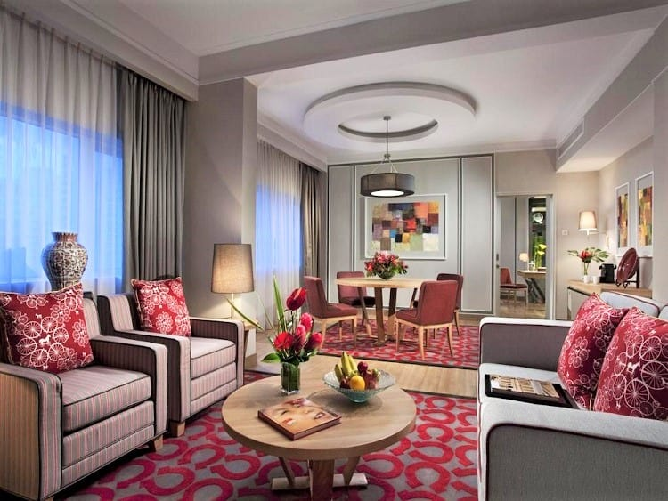 Best Family Room Hotel Singapore - Orchard Hotel Singapore - Living Room