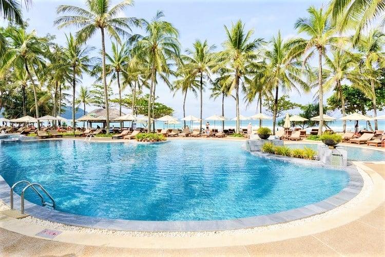 Best Phuket Accommodation on the Beach - Katathani Phuket Beach Resort - Pool