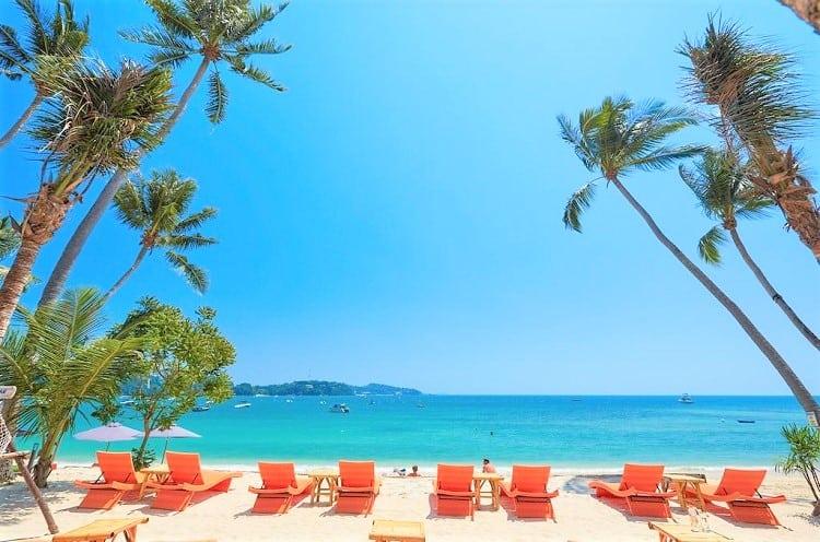 Best Phuket Thailnad Hotels on the Beach - Bandara Phuket Beach Resort - Beach View