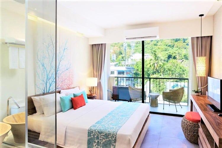 Best Phuket Thailnad Hotels on the Beach - Bandara Phuket Beach Resort - Room