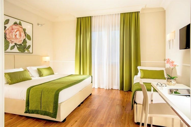Top Hotel in Rome for Family - Hotel Cristoforo Colombo - Room