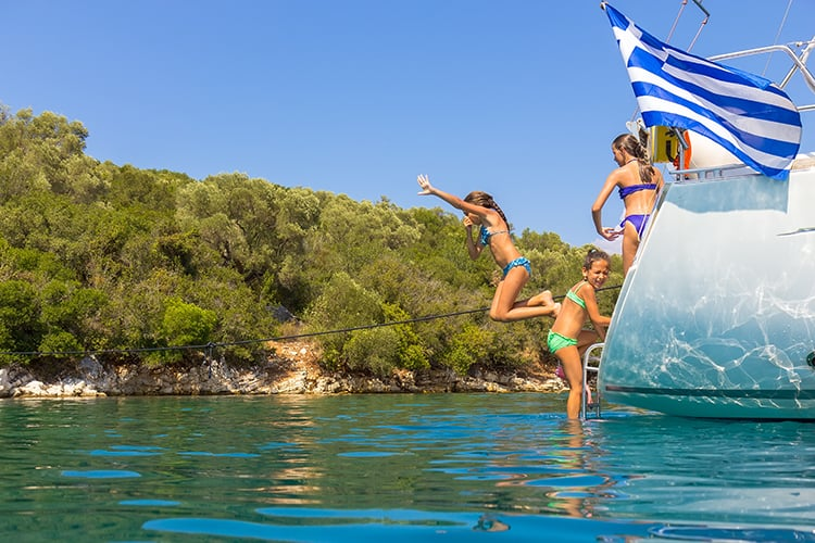 best places to vacation with teenagers in Greece