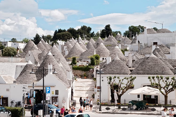 one of the best cities of southern italy - Alberobello