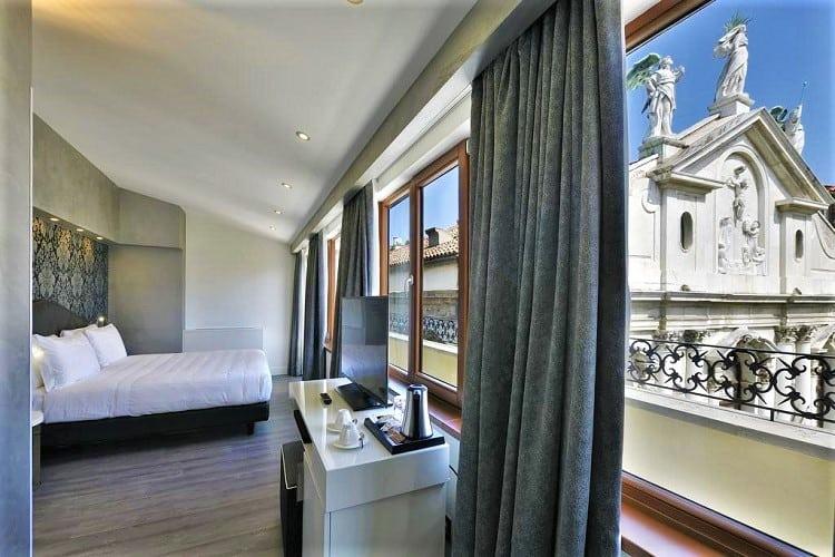 Al Theatro Palace - Room