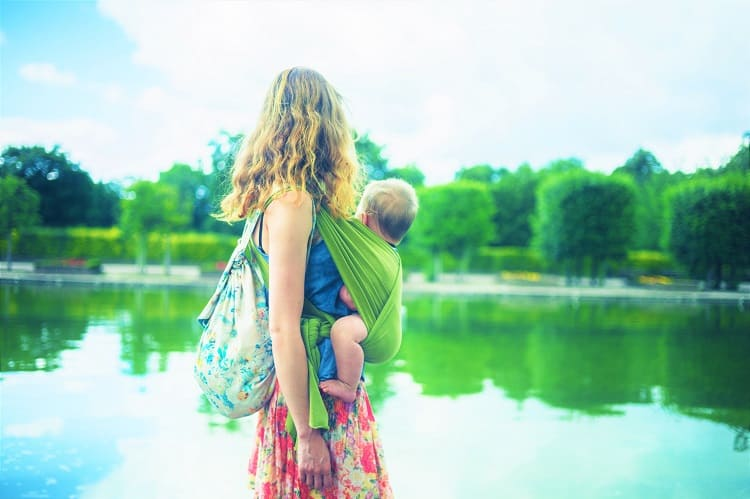 BEST WATER BABY CARRIERS, WRAPS & RINGS - Quality Waterproof Baby Carriers