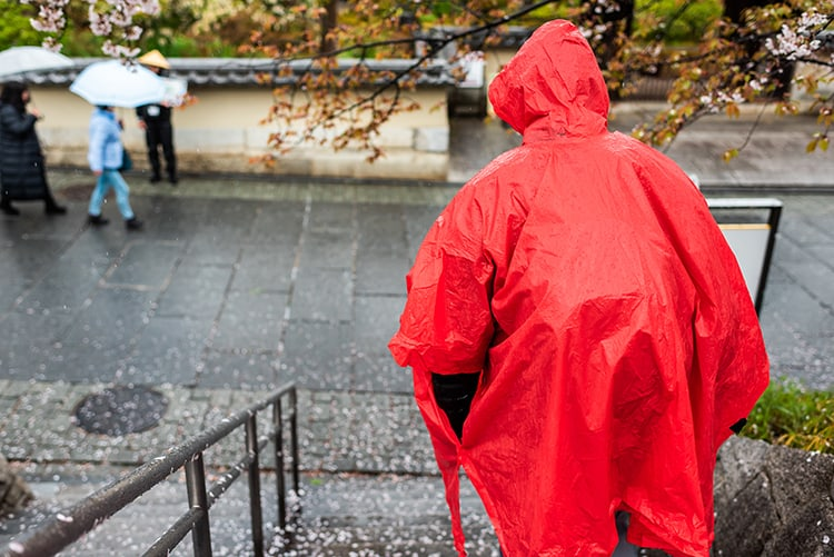 The Benefits of Rain Jackets, Ponchos, And Umbrellas.