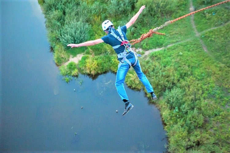 Fun Things to do in Phuket Thailand - Bungy Jumping