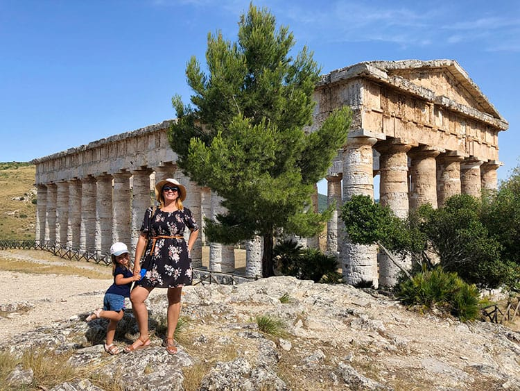 Greek-Ruins-at-Segesta