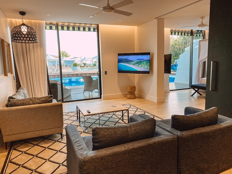 Intercontinental Hayman Island Resort - One Bedroom Pool Access Suite - Lounge