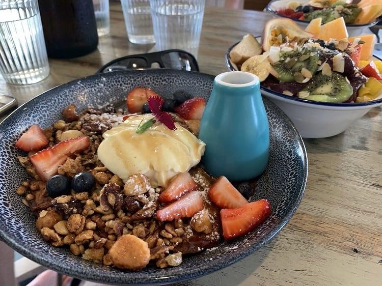 Where to Eat Breakfast at Broadbeach - Beachside Pavilion