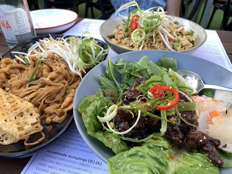 Where to Eat on Broadbeach - Hideaway Kitchen & Bar Broadbeach