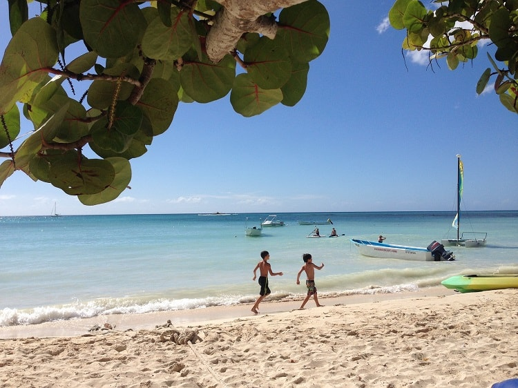 7 Fun Activities to do in the Caribbean With Kids - Kids on the Beach