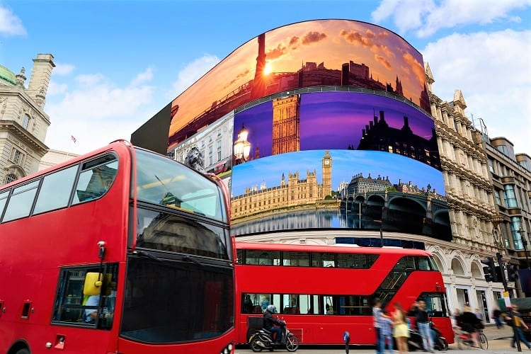 Piccadilly Circus London in England